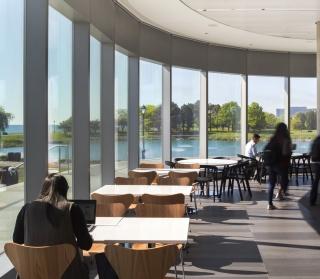 Northwestern-University-Kellogg-School-of-Management-Evanston-02.jpg