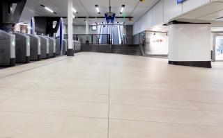 Centraal-Station-Amsterdam-01.jpg