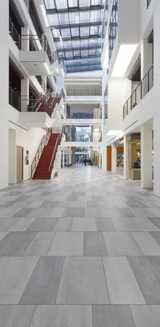 School-of-Finance-and-Management-Frankfurt-22.jpg